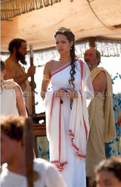 angelina jolie queen. (Angelina Jolie) as Queen Olympias.